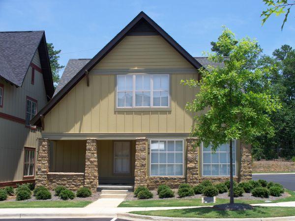 4BR - Poplar Cottages Street View
